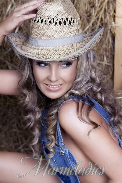 Hot wife Julia, 33 yrs.old from Kiev, Ukraine
