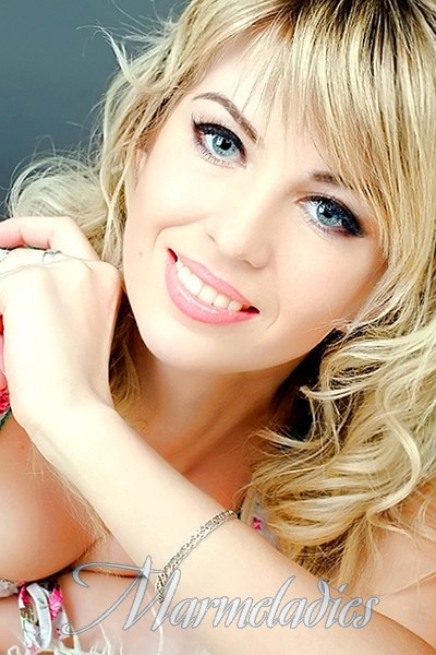 Amazing wife Oxana, 29 yrs.old from Sumy, Ukraine