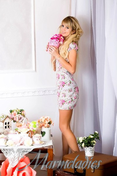 Pretty girlfriend Oxana, 29 yrs.old from Sumy, Ukraine