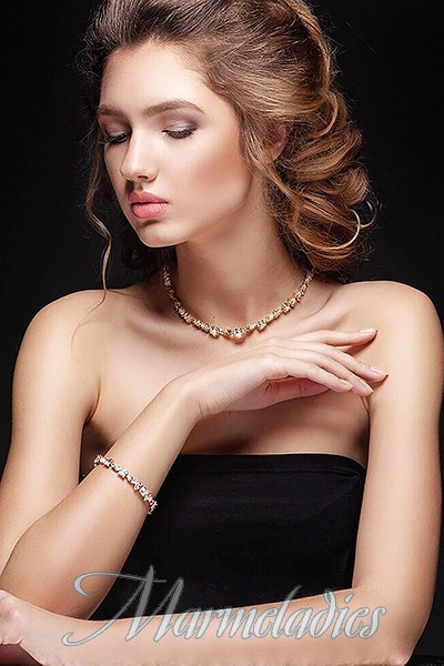 Gorgeous girlfriend Viktoriya, 24 yrs.old from Krivoy Rog, Ukraine