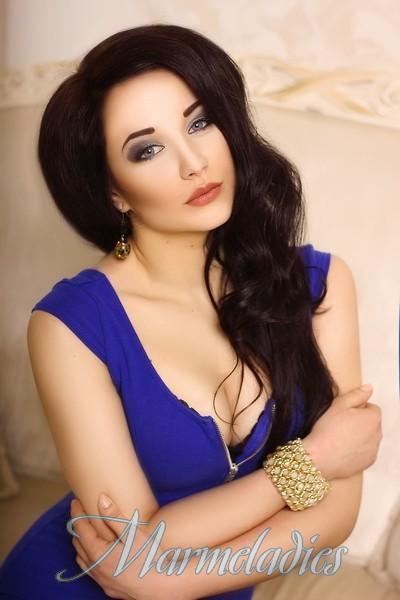 Pretty mail order bride Karina, 21 yrs.old from Kiev, Ukraine