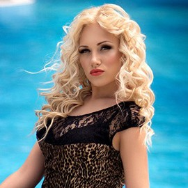 Single wife Anna, 25 yrs.old from Sevastopol, Russia