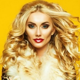 Gorgeous bride Yuliya, 29 yrs.old from Moskow, Russia