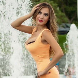 Single wife Victoria, 32 yrs.old from Nikolaev, Ukraine
