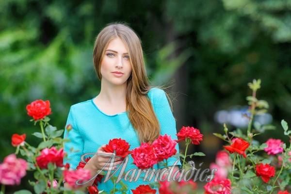 Nice mail order bride Anastasiya, 23 yrs.old from Poltava, Ukraine