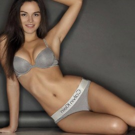Pretty girlfriend Jane, 22 yrs.old from Kiev, Ukraine