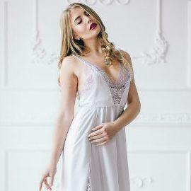 Nice woman Olga, 19 yrs.old from Kirovograd, Ukraine