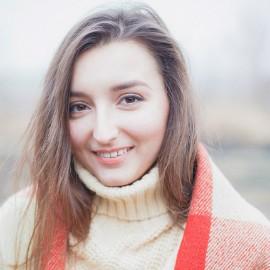 Single wife Alina, 26 yrs.old from Sloviansk, Ukraine