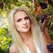Beautiful girl Olena, 23 yrs.old from Kharkov, Ukraine