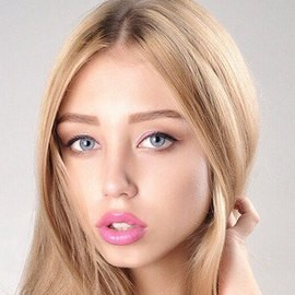 Pretty bride Ksenia, 23 yrs.old from Moscow, Russia