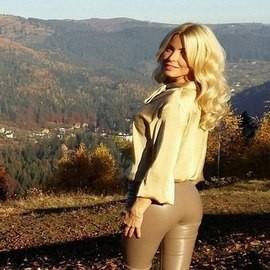 Gorgeous mail order bride Victoria, 36 yrs.old from Zhytomyr, Ukraine