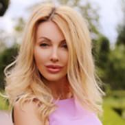 Nice miss Larisa, 46 yrs.old from Kiev, Ukraine