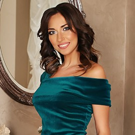 Beautiful bride Aliona, 32 yrs.old from Irpen, Ukraine
