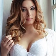 Nice bride Julianna, 27 yrs.old from St. Peterburg, Russia