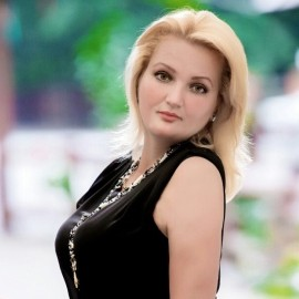 Charming woman Elina, 46 yrs.old from Vinnitsa, Ukraine