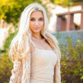 Amazing lady Karina, 26 yrs.old from Soledar, Ukraine
