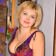 Gorgeous bride Anna, 39 yrs.old from Berdiansk, Ukraine
