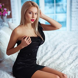 Sexy mail order bride Margarita, 21 yrs.old from Kiev, Ukraine