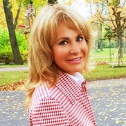 Gorgeous girl Yulia, 46 yrs.old from Saint Petersburg, Russia