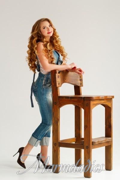 Pretty girlfriend Elena, 25 yrs.old from Zaporozhye, Ukraine