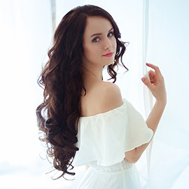 Charming woman Polina, 20 yrs.old from Kiev, Ukraine