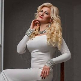 Charming wife Anna, 41 yrs.old from Khar'kiv, Ukraine