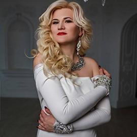 Pretty wife Anna, 41 yrs.old from Khar'kiv, Ukraine