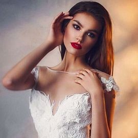 Pretty miss Lesya, 25 yrs.old from Tomsk, Ukraine
