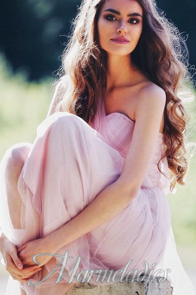 Single miss Lesya, 26 yrs.old from Tomsk, Ukraine