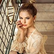 Charming bride Alina, 23 yrs.old from Tiraspol, Moldova