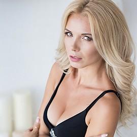 Charming lady Oksana, 30 yrs.old from Kiev, Ukraine