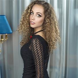 Pretty girl Bogdana, 24 yrs.old from Kiev, Ukraine