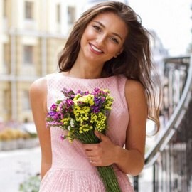 Gorgeous woman Gulia, 23 yrs.old from Kiev, Ukraine