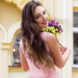 Pretty bride Gulia, 23 yrs.old from Kiev, Ukraine