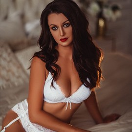 Hot miss Darya, 33 yrs.old from Saint-Petersburg, Russia