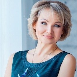 Gorgeous miss Eva, 42 yrs.old from Zaporozhye, Ukraine