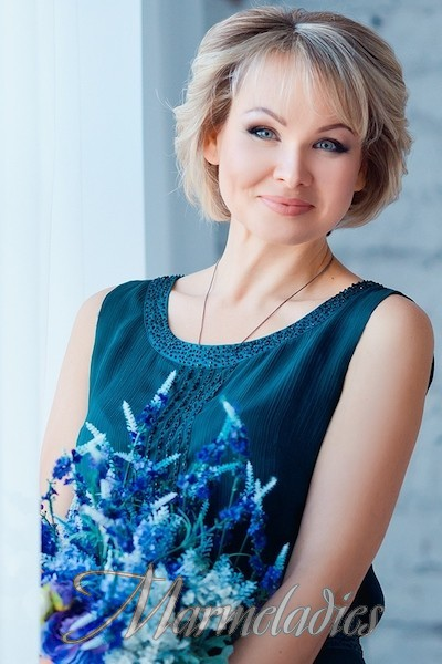 Gorgeous miss Eva, 44 yrs.old from Zaporozhye, Ukraine