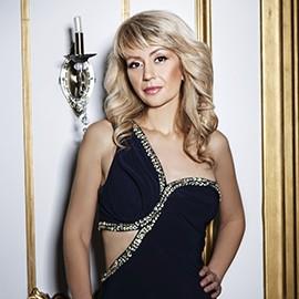 Pretty wife Oksana, 41 yrs.old from Kharkov, Ukraine