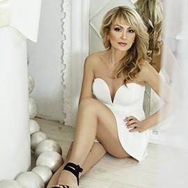 Hot wife Oksana, 41 yrs.old from Kharkov, Ukraine