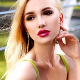 Pretty lady Anastasiya, 21 yrs.old from Odessa, Ukraine