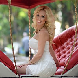 Gorgeous miss Anna, 42 yrs.old from Kharkov, Ukraine