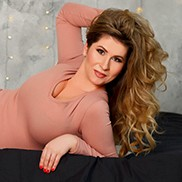 Single girlfriend Kristina, 35 yrs.old from Zaporozhye, Ukraine