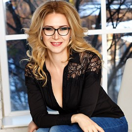 Charming woman Oksana, 46 yrs.old from Kiev, Ukraine
