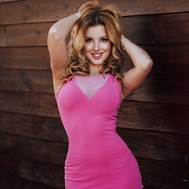 Charming bride Arina, 25 yrs.old from Sevastopol, Russia