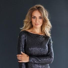 Single lady Anna, 23 yrs.old from Zolochiv, Ukraine