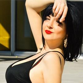 Pretty miss Valentina, 32 yrs.old from Berdyansk, Ukraine