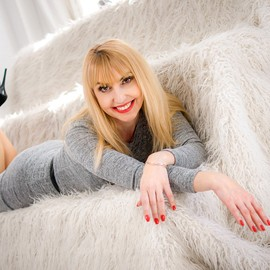 Hot girlfriend Larisa, 42 yrs.old from Nikolaev, Ukraine