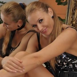 Gorgeous miss Oksana, 46 yrs.old from Vienna, Austria