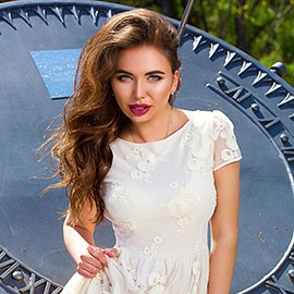 Single lady Elena, 24 yrs.old from Kiev, Ukraine