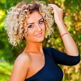 Pretty bride Anastasia, 30 yrs.old from Odessa, Ukraine
